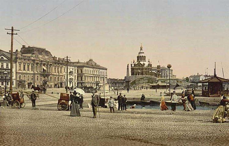 Хельсинки, на заднем плане Успенский собор